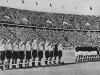 """La selección italiana y checoslovaca saludaron al Duce Mussolini antes de comenzar la final. El equipo anfitrión sufrió fuertes presiones para ganar el campeonato. Era poco menos que \""""ganar o morir\"""".""""Buena suerte para mañana muchachos, ganen, si no, crash\"""", fue la frase del Duce a sus jugadores el día antes de afrontar la final."""