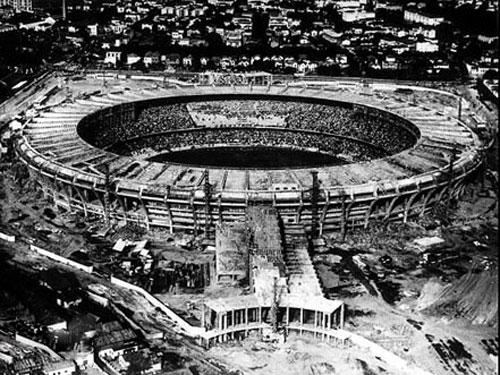Maracaná fue creado para el Mundial de 1950. Es el estadio más grande que ha acogido una fase final y volverá ser sede en 2014, aunque con un aforo reducido respecto a 1950 (78.378 espectadores).