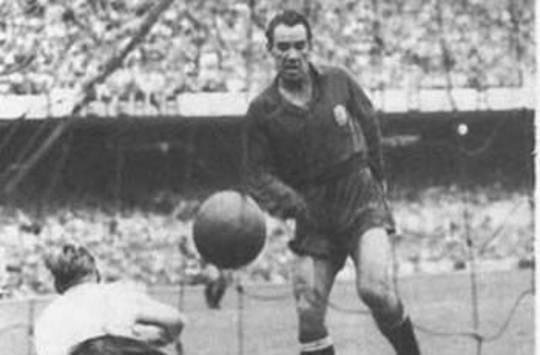 España llegó a las semifinales del Mundial, la que fue su mejor actuación hasta 2010. Telmo Zarra anotó el gol que dio el pasaporte a la ronda de los cuatro mejores frente a los ingleses.