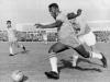 Pelé debutó en un Mundial con 17 años y su estreno no pudo ser mejor. Campeón del mundo, el 10 brasileño marcó seis goles en Suecia, aunque cinco de ellos se produjeron en las semifinales y la final. Fue sin duda, el nacimiento de una estrella.