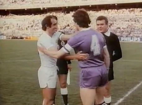 The greeting between captains gave way at the start of the Cup final 1980