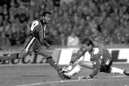 Romario destrozó a Paco Buyo y al Real Madrid aquella noche de 1994.