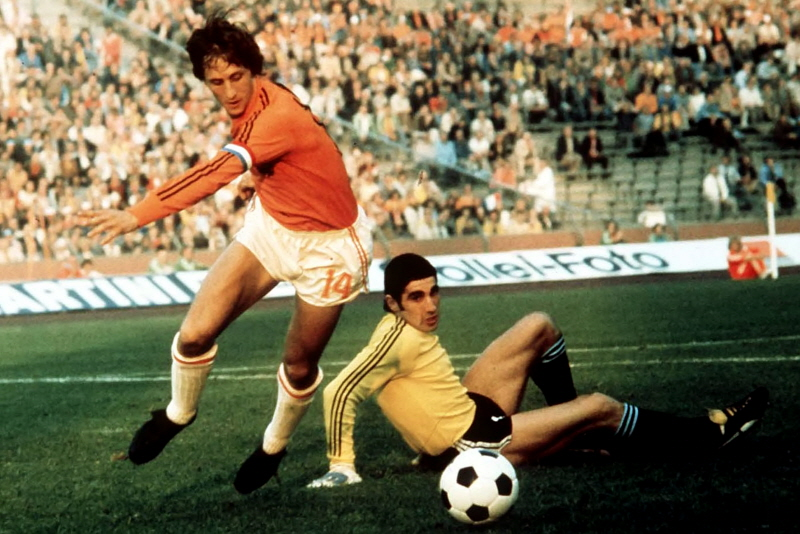 Cruyff led the Netherlands to the World Cup final 1974.