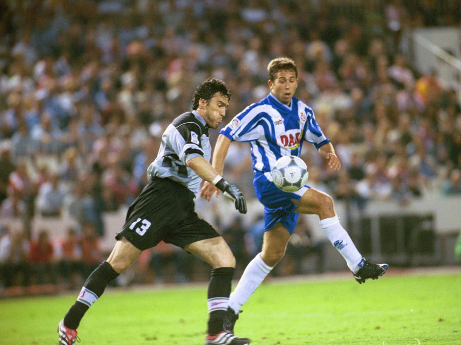 Tamudo erzielte im Finale der Copa del . ein Tor gegen Toni Jiménez 2000