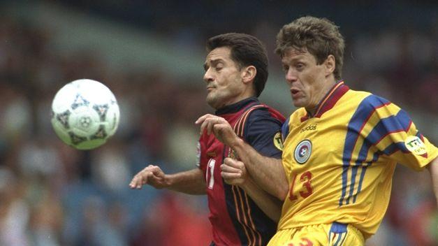 Manjarin con la camiseta de España en la Eurocopa de Inglaterra del 96.