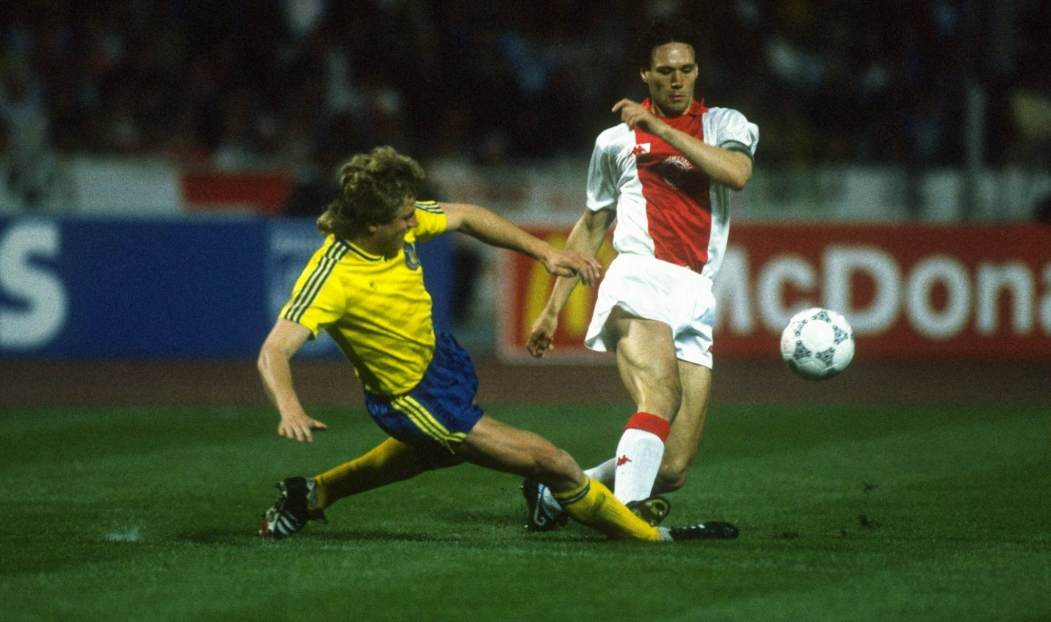 Marco Van Basten at Ajax thrashed.