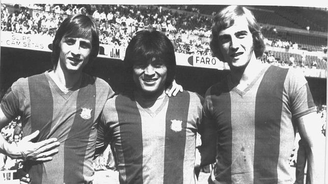 Cruyff, Sotil y Neeskens fueron los primeros fichajes extranjeros del Barcelona.