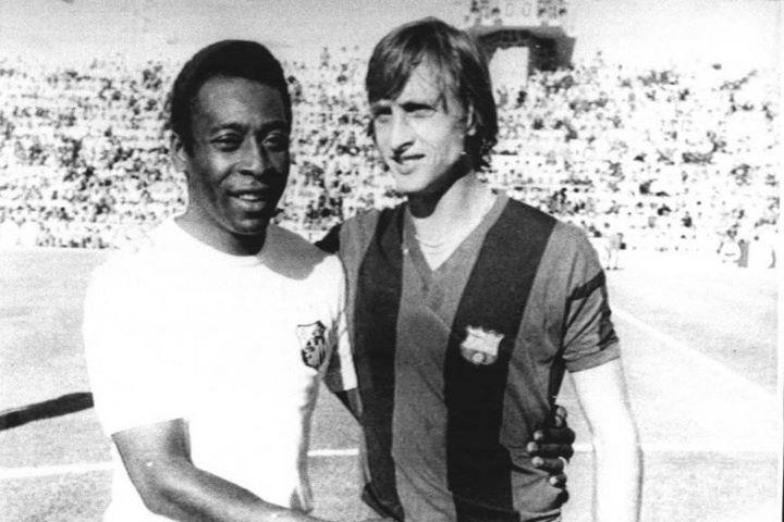 Cruyff y Pelé, dos de los mejores.