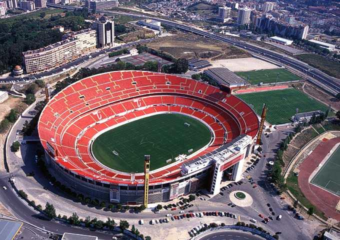 Benfica Stadium was the largest for many years.