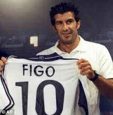 Figo moved from FC Barcelona to Real Madrid idol idol