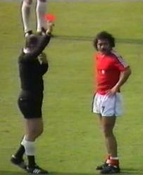 Carlos Caszely was the first player ever saw a red card.