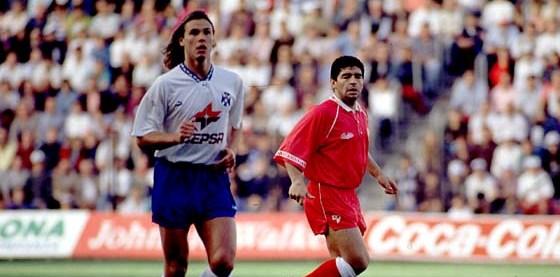 Redondo y Maradona durante el Tenerife-Sevilla de la temporada 92-93.
