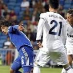 Real Madrid 8- Millionäre 0,  white Fest Bernabeu Trophäe
