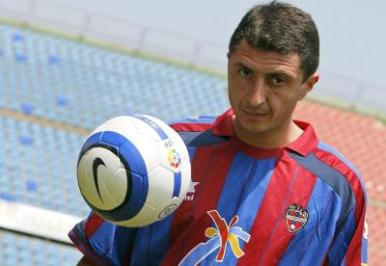 Shota Arveladze failed to succeed in Levante UD