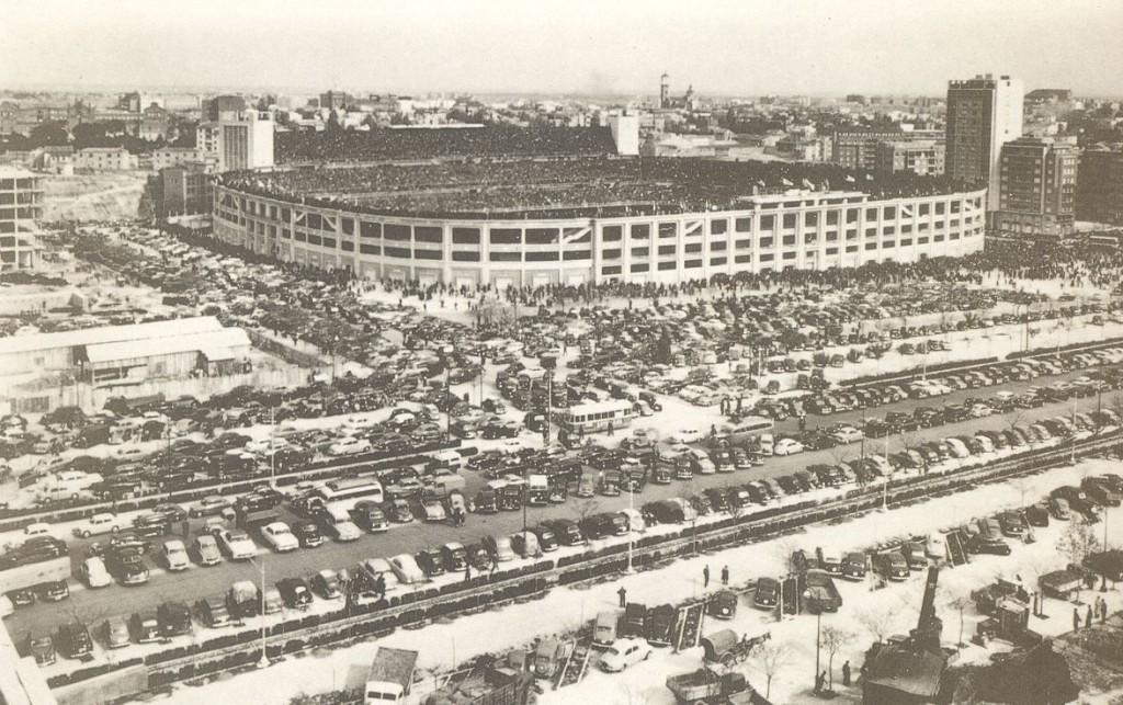 Imagen del Santiago Bernabéu en 1960.