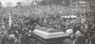 Luciano Re's funeral was crowded Ceconni.