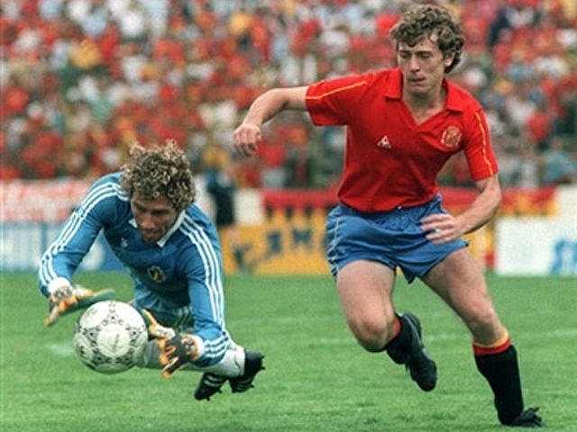 Spain 5 Denmark 1: Butragueño touched the sky with his four goals