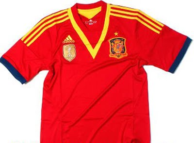 Copa Confederaciones 2013: España presenta su nueva camiseta
