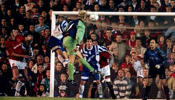 Schmeichel was also able to score goals.