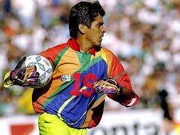 The costumes of Jorge Campos left no one indifferent.