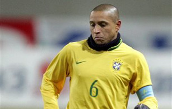Roberto Carlos was an institution in Brazil.