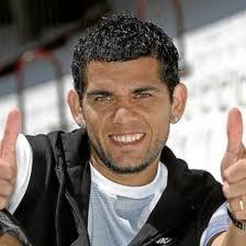 Dani Alves, el malo de los gnomos