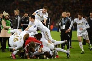 Swansea celebra su primer titulo