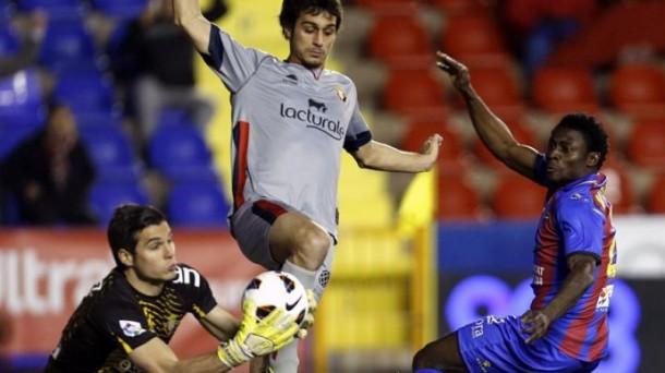 Levante 0- Osasuna 2: Andrés Fernández se gradua como uno de los grandes porteros de Europa