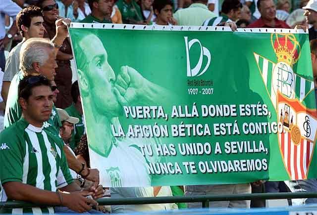 Betis Sevilla und zwei gegensätzliche Interessen, sondern viel Leidenschaft zusammen, wenn sie sein müssen.