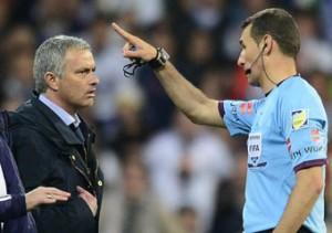 Mourinho ha sido expulsado por protestar en la final de Copa.