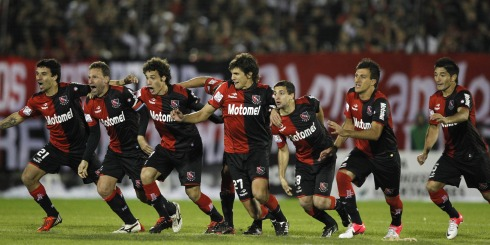 Newell's Old Boys gets in the semifinals of the Libertadores by defeating Boca Juniors in a shootout with 26 penalties