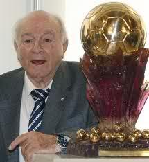 El único Súper balón de oro lo ganó Di Stefano.