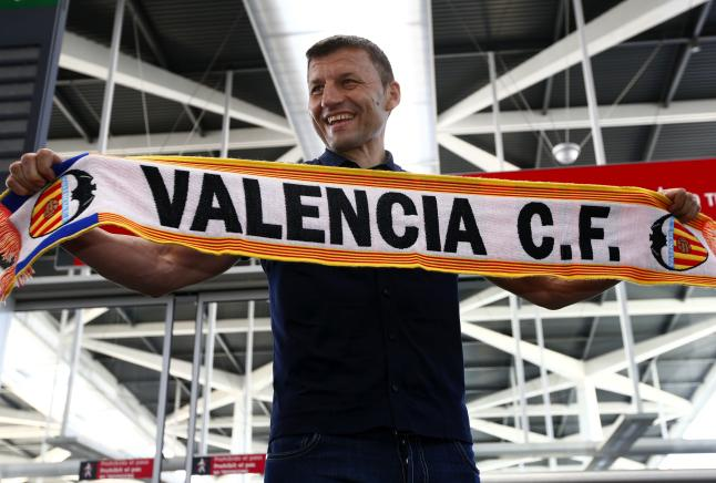 Miroslav Djukic, new coach of Valencia for the next two seasons