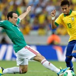 Neymar maravilla con un doblete ante México