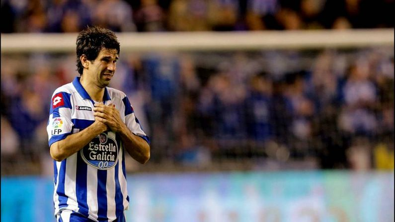 Valerón announced his departure from Deportivo after 13 seasons