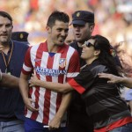 David Villa unleashes madness among athletic: First follow the presentations