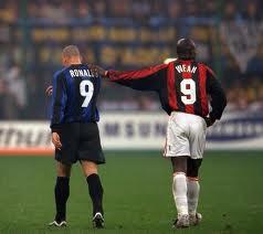 George Weah  y Ronaldo, dos goleadores de leyenda