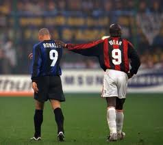 George Weah  y Ronaldo, two scorers of legend