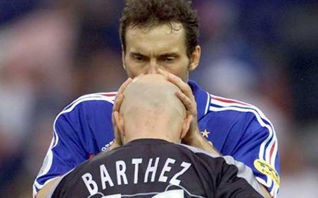 Blanc y Barthez se besaban antes de los partidos de una forma muy original.