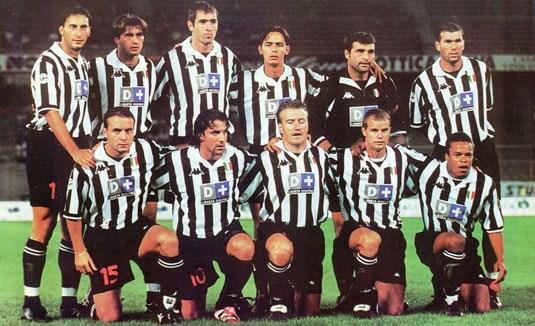 La Juventus jugó con Zidane, Deschamps, Peruzzi...en 1998.
