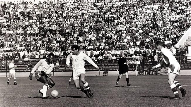 Masopust fue Balón de Oro en 1962 y segundo mejor jugador del Mundial de Chile tras Garrincha.