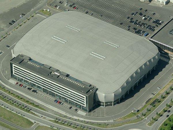 Los estadios cubiertos de fútbol: campos con techo retráctil
