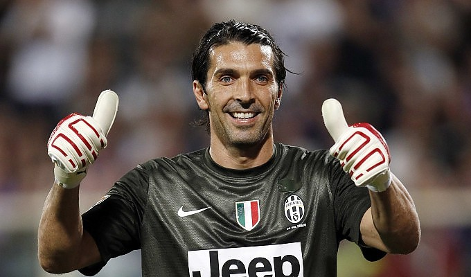 Buffon sounded staged a signing at the time.