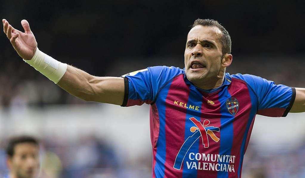 Juanfran debutó con el Levante hace casi dos décadas.