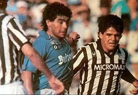 hermanos de Maradona