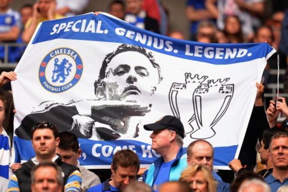 Mou es una leyenda entre la afición del Chelsea.