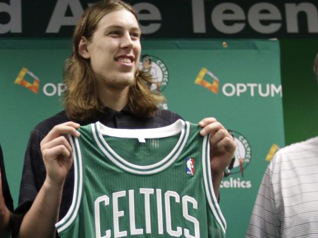 Kelly Olynyk fue elegido por los Celtics