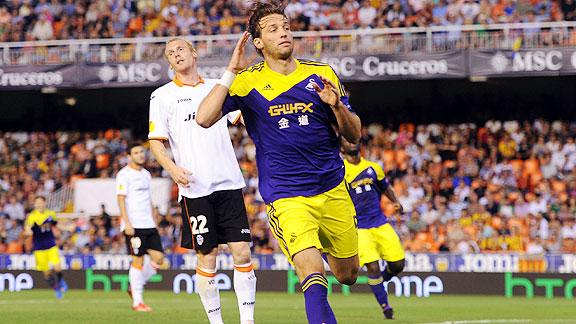 El Swansea de Michu es el cuarto equipo consecutivo en golear a un Valencia venido cada vez a menos.