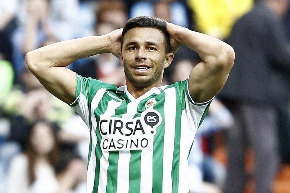 Rubén Castro merece un hueco en España.