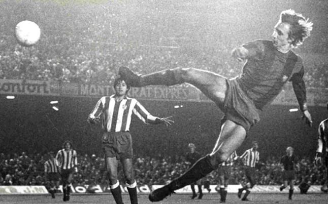 Cruyff supuso un antes y un después en el Barcelona.